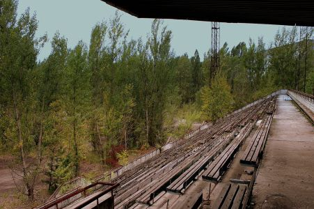 PRIPYAT_FOOTBALL_GROUND_NEAR_THE_CHERNOBYL_PLANT_NOW_ABANDONED_UKRAINE_SEP_2013_(10006750744)